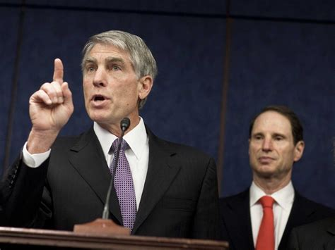 Wyden and Udall: Don't Believe Intelligence Officials - Business Insider