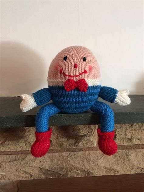 Suitably sat on a wall, Humpty Dumpty has been knitted by